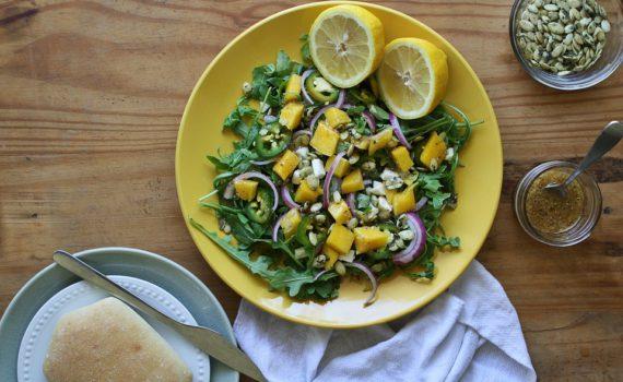 mangovy_salat